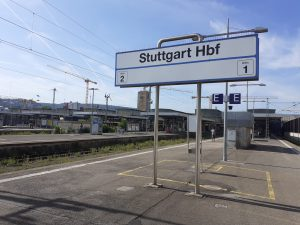 Hauptbahnhof Stuttgart: Kein Zug fährt.